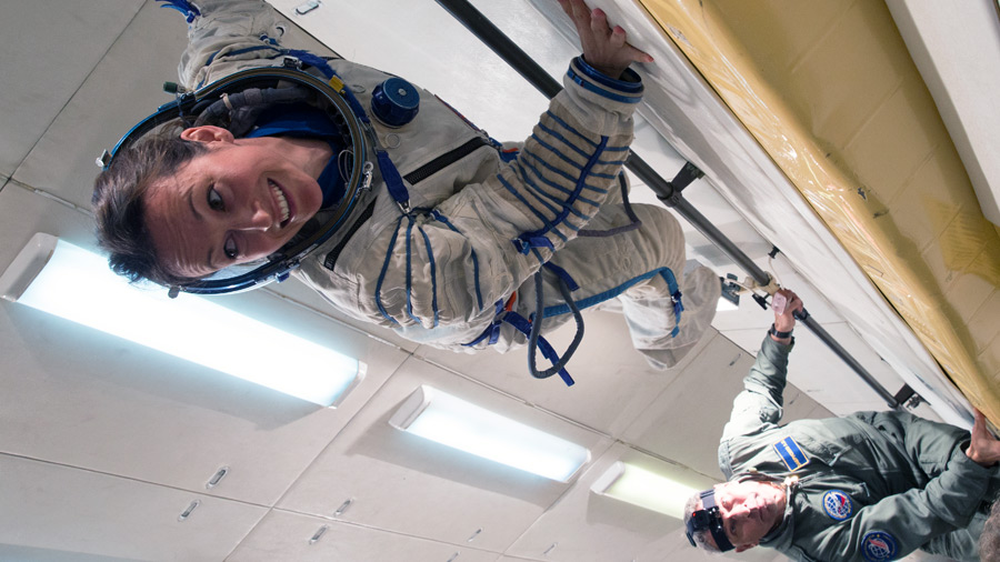 Weightlessness training with russian cosmonaut rookies