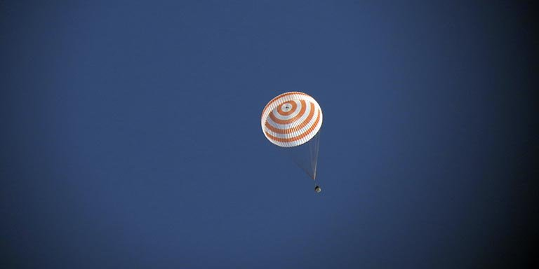 soyuz landing expedition